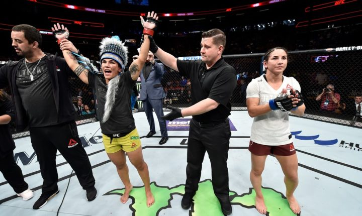 Jéssica Bate-Estaca vence no UFC on Fox 28 e pede chance por cinturão