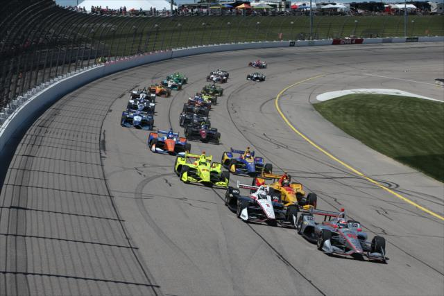 Fórmula Indy: Hinchcliffe desbanca o favoritismo da Penske e conquista a vitória em Iowa