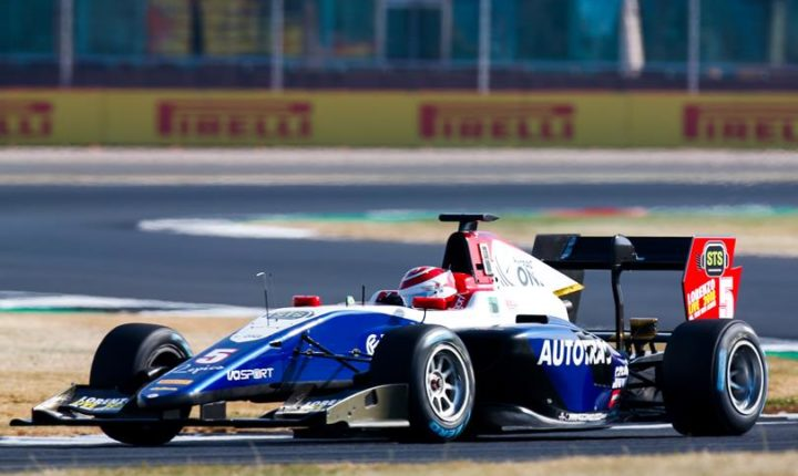 Pedro Piquet conquista a primeira vitória do Brasil na história da GP3