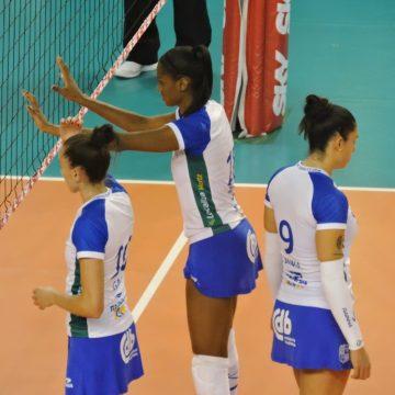 Superliga feminina: Duelo de líderes agita a 10°rodada nesta sexta