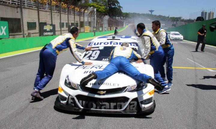 Stock Car Brasil 2018 – 12ª etapa: Momentos finais e entrevistas após a corrida – Daniel Serra campeão