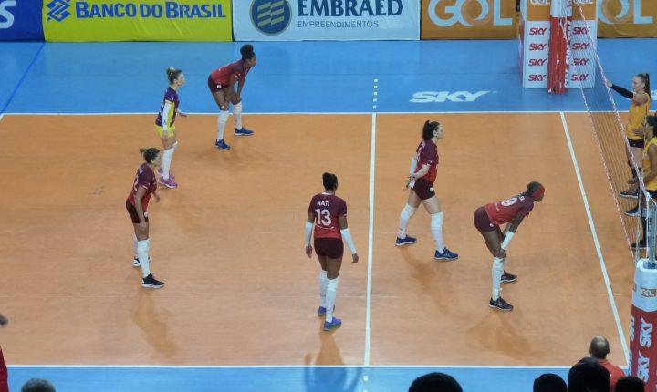 Superliga Feminina: Na busca pelo G4 Osasco Audax recebe BRB Brasília Vôlei