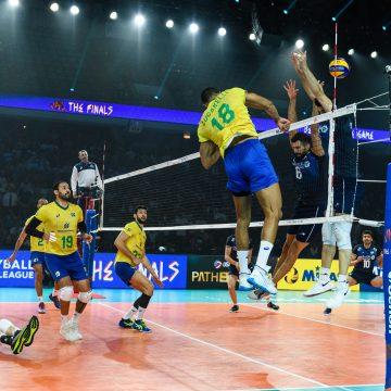 Brasil vence Irã em jogo dramático e está na semifinal da Liga das Nações