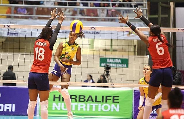 Lorenne, MVP da Sul-Americana, fala sobre a conquista e o próximo mundial