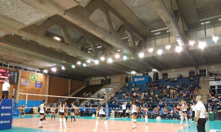 Superliga Feminina inicia com cinco jogos em 3 sets a 0 e um jogo emocionante decidido no tie-break
