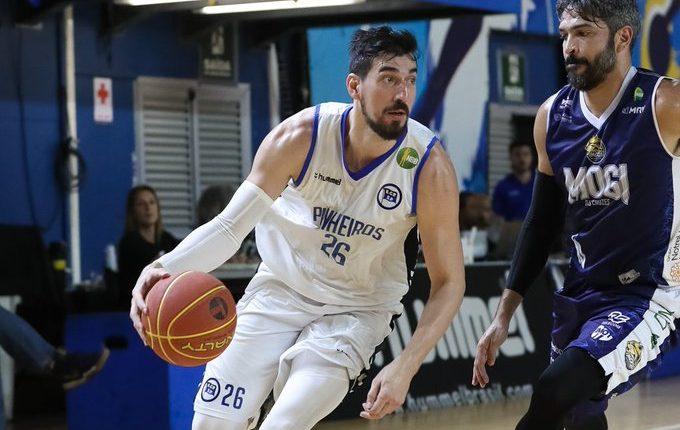 Com 46 pontos de Betinho, Pinheiros vence Mogi em casa na prorrogação