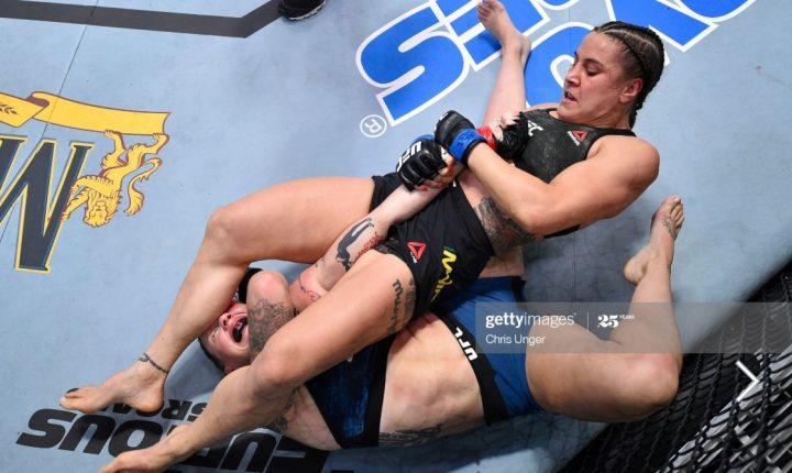 Jennifer Maia dá aula de BJJ, finaliza Calderwood e pede luta por cinturão no UFC Vegas 5