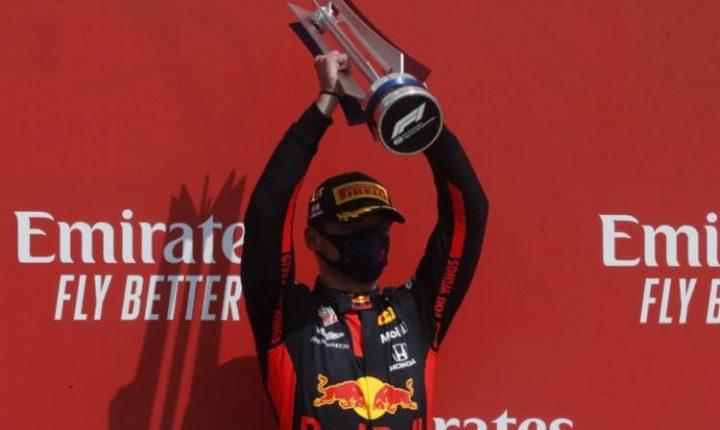 Max Verstappen domina GP dos 70 anos, alia estratégia e velocidade e bate Mercedes