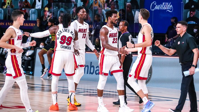 Miami Heat supera show de LeBron James e vence o Lakers no quinto jogo das finais da NBA