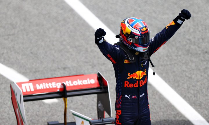 Dennis Hauger lidera campeonato da Fórmula 3